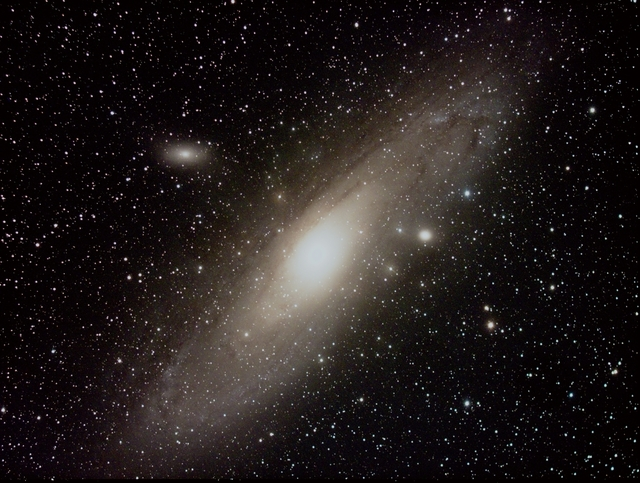 M31_red20comp2_resized.jpg