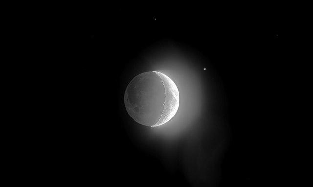 moon_mars_comp_mono.jpg